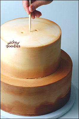 How to Use Wooden Dowels in Stacked Cakes by Wicked Goodies