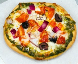 Mediterranean Pita Pizza Recipe by Wicked Goodies (2)