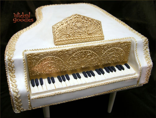 Grand Piano Cake Design by Wicked Goodies