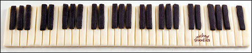 Modeling Chocolate Piano Keys by Wicked Goodies