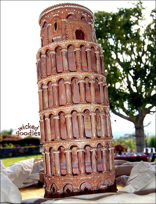 Leaning Tower Of Pisa Wedding Cake