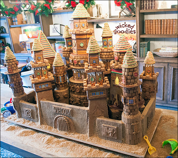 Beach Themed Gingerbread House: What To Do With Leftover Cake